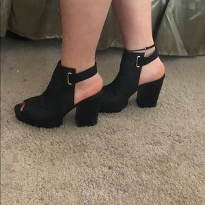 Divided by H&M black cut-out chunky heeled boots
